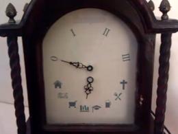 Foursquare Clock