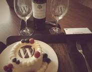 WordPress : Gâteau et vin aux couleurs du CMS