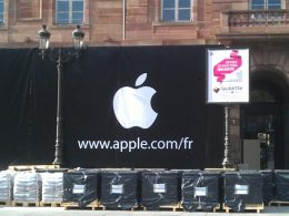 Apple Store Strasbourg avec logo