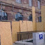 Apple Store Strasbourg : Façade - Panneaux de bois
