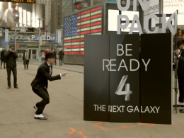 Samsung Galaxy S4 : Flash mob