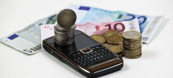 Forfaits mobiles : Tarifs en baisse de 11% sur 2012