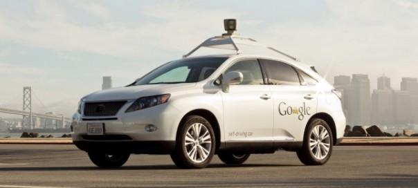 Google Car : Les voitures sans chauffeur maîtrisent la conduite en ville