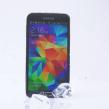 Ice Bucket Challenge : Samsung nomine l'iPhone 5S