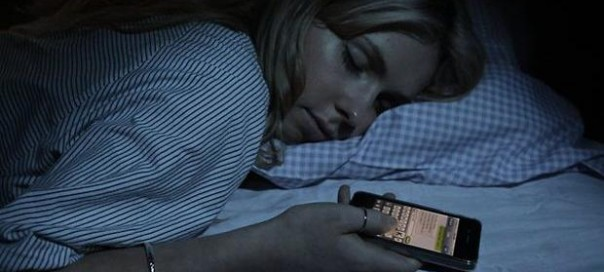 Smartphone : Moins de sommeil pour les ados de nos jours