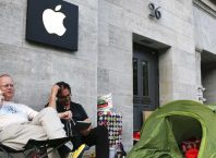 Apple Store : File d'attente
