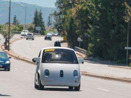 Google : La voiture sur les routes