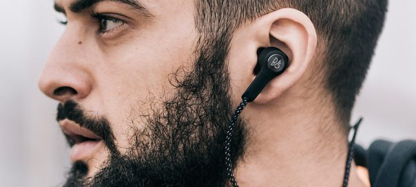 B&O Beoplay H5 : Les écouteurs bluetooth tour de cou design & sexy