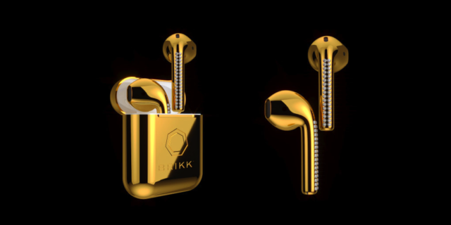 Brikk : AirPods en or et diamants
